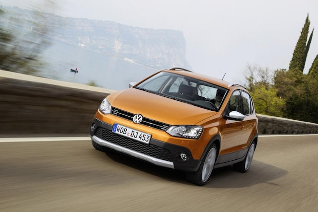 Volkswagen Cross Polo 2015