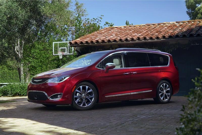 Chrysler pacifica 2016 france