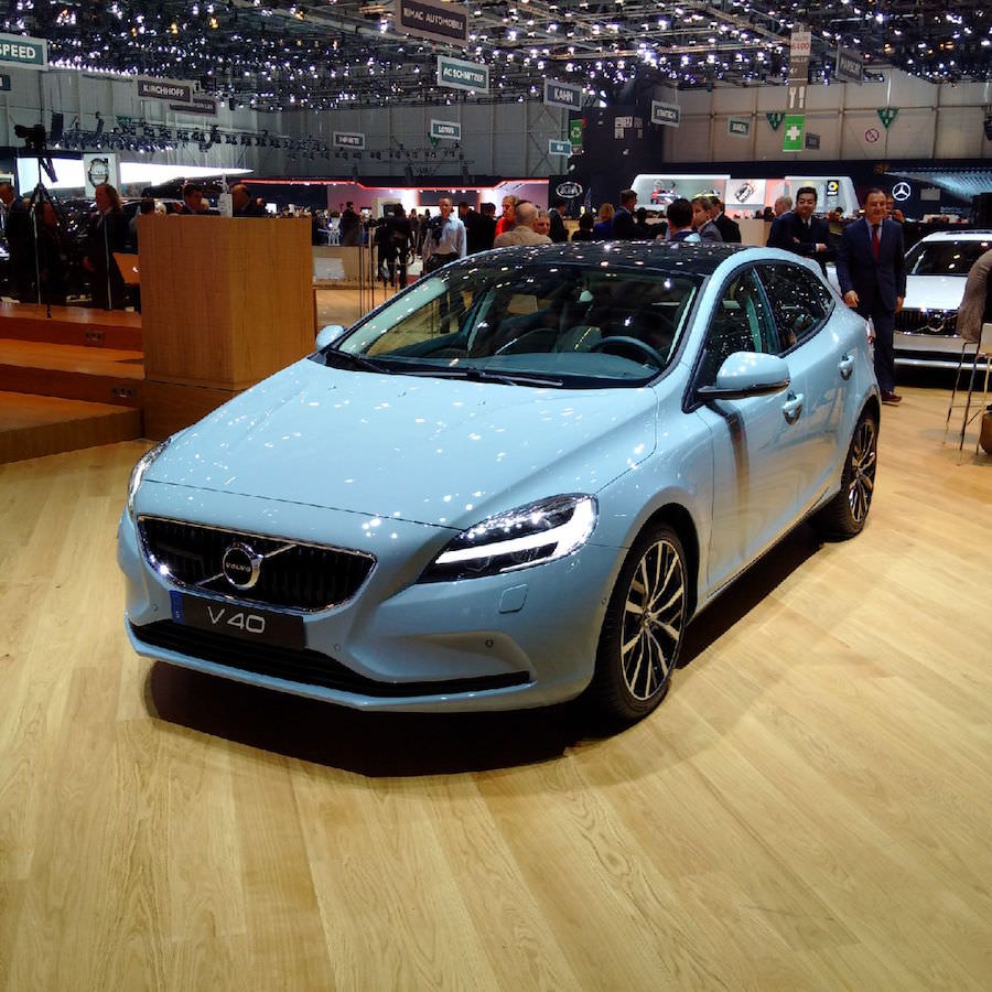 Salon de gen ve la toute nouvelle volvo v40 2017 for Salon de la photo 2016