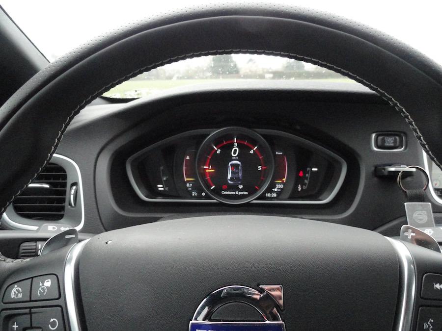 Volvo V40 Carbon Edition interieur