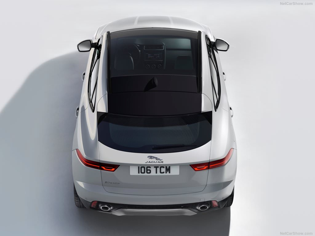 Jaguar e pace petit mais costaud for Interieur jaguar e pace
