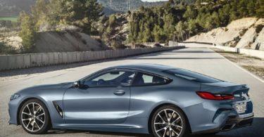 BMW Série 8 2019 de profile
