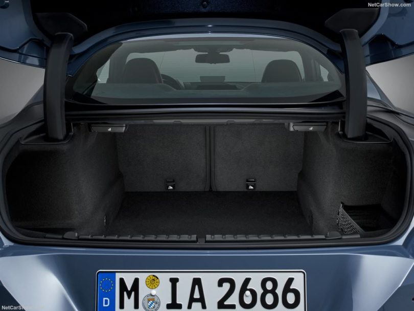 BMW Série 8 2019 grand coffre