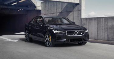 Volvo S60 2019 noir face avant