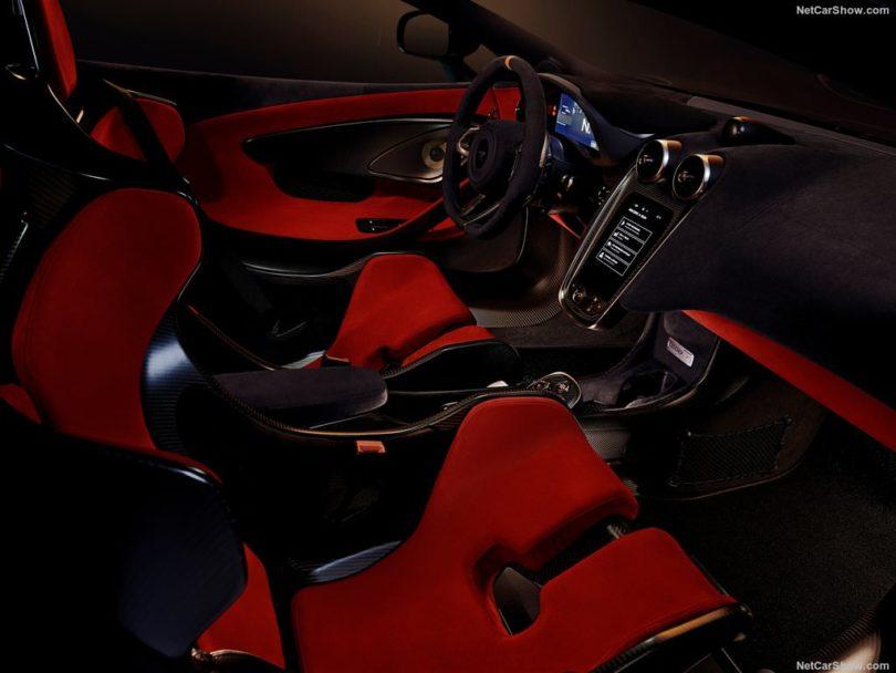 au volant de la McLaren 600 LT
