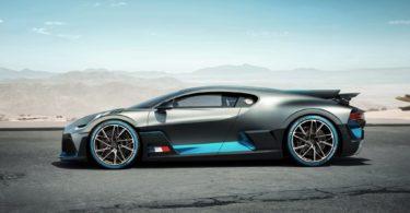 Bugatti Divo 2019 de profile