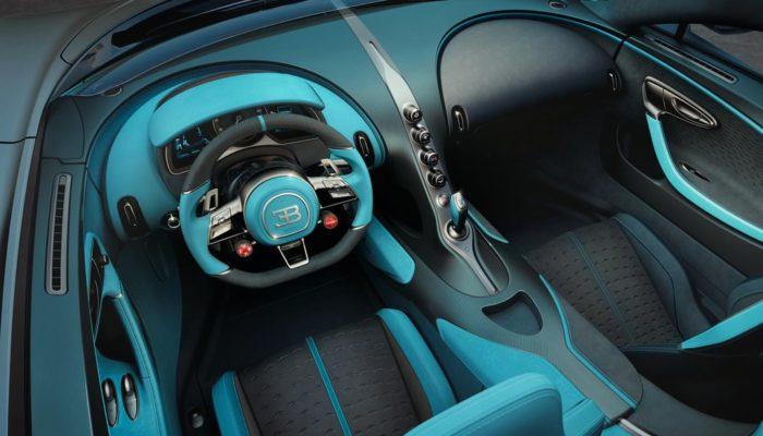 Bugatti Divo 2019 au volant
