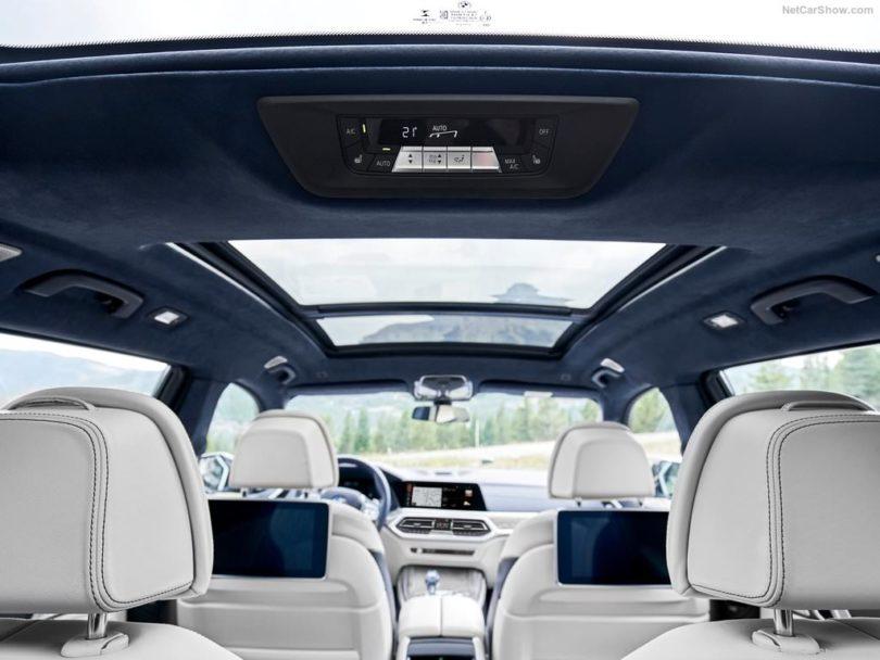 BMW X7 2019 vue intérieur