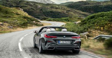 BMW Série 8 Cabriolet 2019 arrière sur route