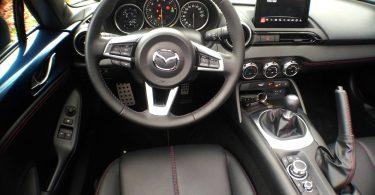 Mazda MX-5 Aki Editon console centrale