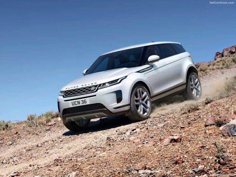 Land Rover Range Rover Evoque 2019 dans le sable