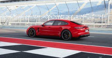 Porsche Panamera GTS 2019