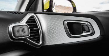Kia Soul EV 2019 intérieur poignée