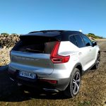 Volvo XC40 T3 Momentum R Design coffre