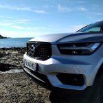 Volvo XC40 T3 Momentum R Design calandre