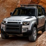 Galerie Land Rover Defender 2020 version 110 capot