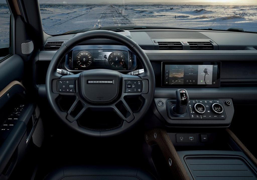 Galerie Land Rover Defender 2020 version 110 volant