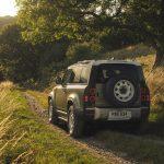 Galerie Land Rover Defender 2020 version 90 vue arrière