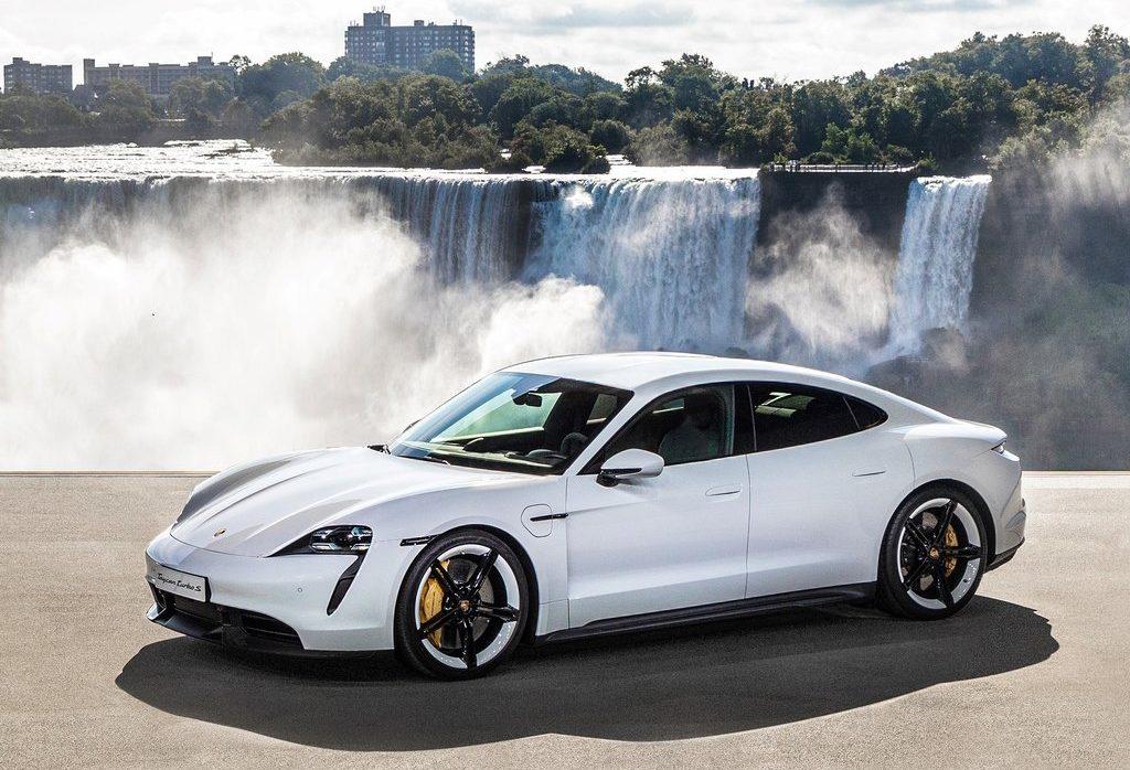 chute du niagara Porsche Taycan 2020 niagara falls