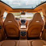 Aston Martin DBX 2021 place arrière