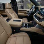 Chevrolet Suburban 2021 places avant